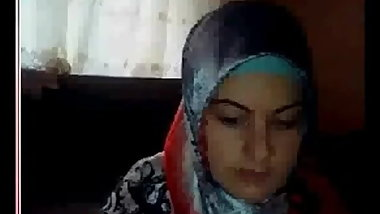 turkish beautiful turbanli showing her boobs