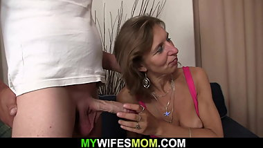 Wife watches her old hairy-pussy mother rides his dick