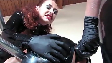 Guy fucked by 2 girls in latex
