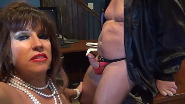 Secretary in black pvc mini skirt ( Blowjob and fuck )