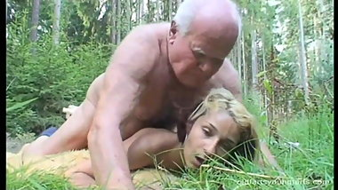 Whore fucked in the woods