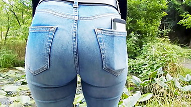 Tight Teen Ass Candid in Blue Jeans #01