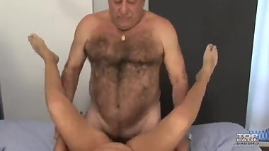 Porn star Latinos daddy fuck his wife.