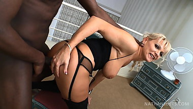 Hungarian milf Winnie offers her ass to Nathan's BBC