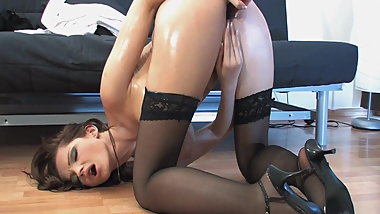 Sandra Shine masturbates after a long day at work