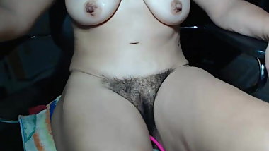 hairy mature masturbating