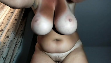 BIG TITS WEBCAM 24