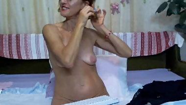 mature with saggy tits on cam