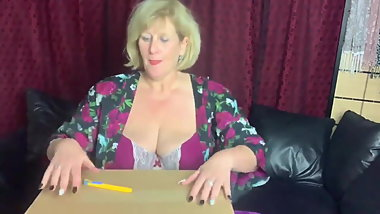 British Whore Granny Playing